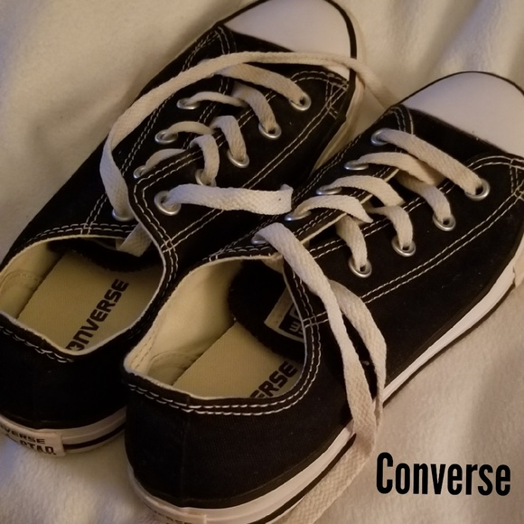 Converse Other - Cute pair of Chuck's 😍